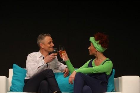 """Domino teatro komedija apie melą """"TIESA"""""""
