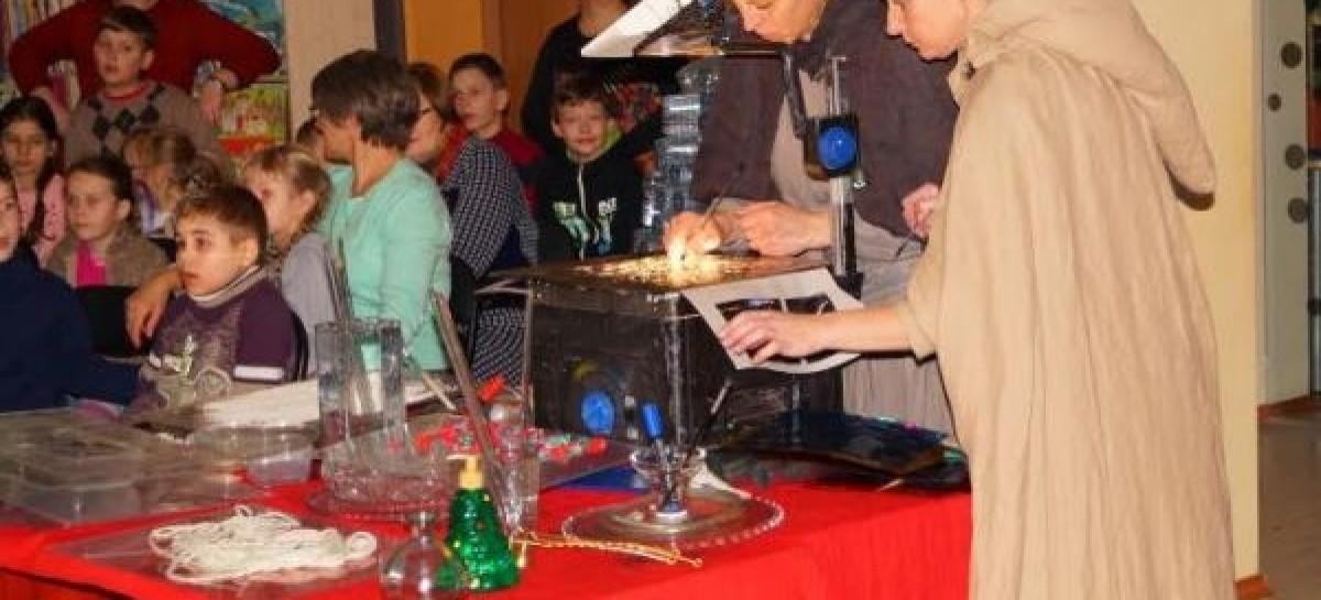 Varėnos viešoji biblioteka gavo dovanų 130 naujų vaikiškų edukacinių leidinių