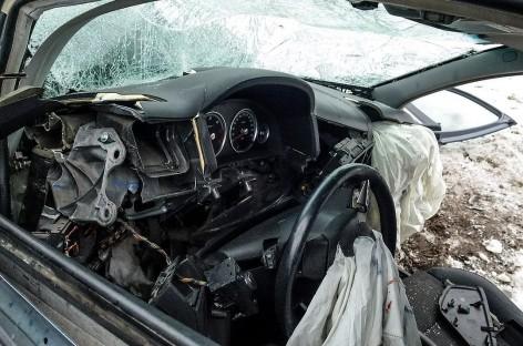 Baisi avarija Varėnos r.: žmones vadavo gelbėtojai, yra žuvusių