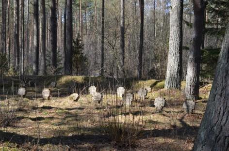 Užmirštos Rusijos imperijos kapinės