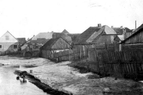Varėnai  – 155-eri