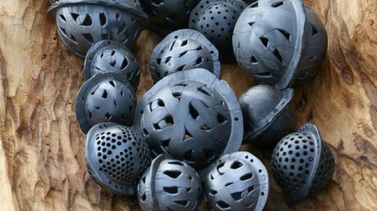 """Teresės Jankauskaitės juodosios keramikos darbų parodos  """"Rieduliai"""" atidarymas"""